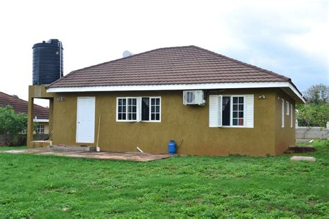 3 bedroom 2 bathroom house for sale in st catherine