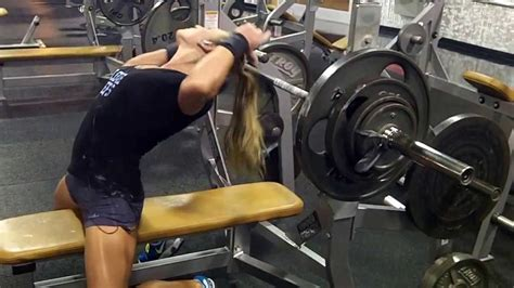 205 bench press 205 215 225lb raw bench press hannah quot the minx quot johnson