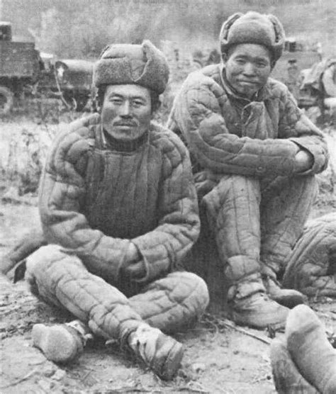 the war for china s wallet profiting from the new world order books this soldier fighting in korea 1950 53 is equipped