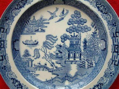 willow pattern meaning english porcelain antique wedgwood willow pattern