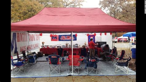 Football Tailgate Show School Pride Best 25 Tailgate Decorations Ideas 28 Images Fabulous