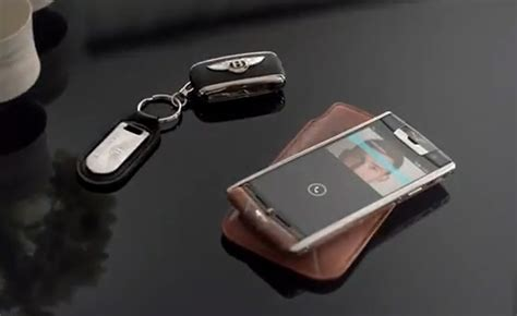 vertu luxury phone first vertu for bentley smartphone revealed costs 17 100