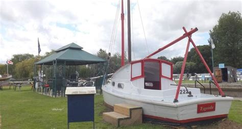 steam boat norfolk broads steamboat at the museum of the norfolk broads picture of