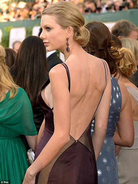 Has Taylor Swift Had A Secret Boob Job Insiders Reveal | taylor swift rumoured to have had a secret boob job with