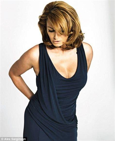 sarah-parrish-naked-sexy-sex-pose-squirt