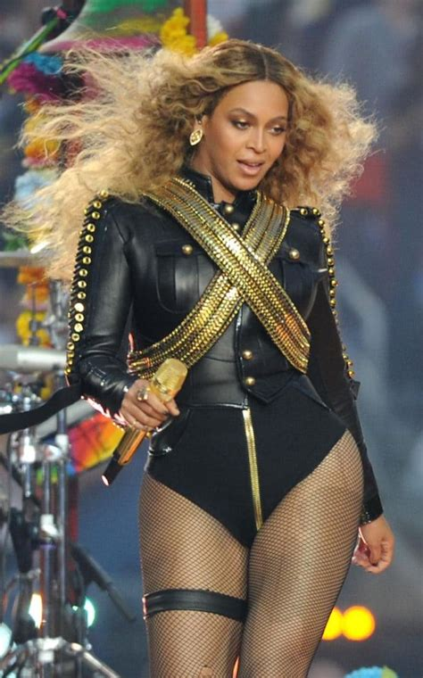 Beyonce 8 In Just 2 Weeks by Beyonc 233 Pays Tribute To Michael Jackson With Dsquared2