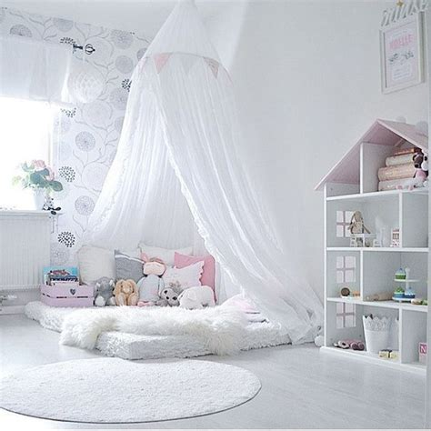 toddler floor bed best 25 toddler floor bed ideas on pinterest
