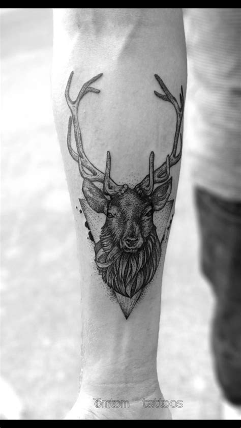 geometric elk tattoo 14 best deer tattoo images on pinterest deer deer