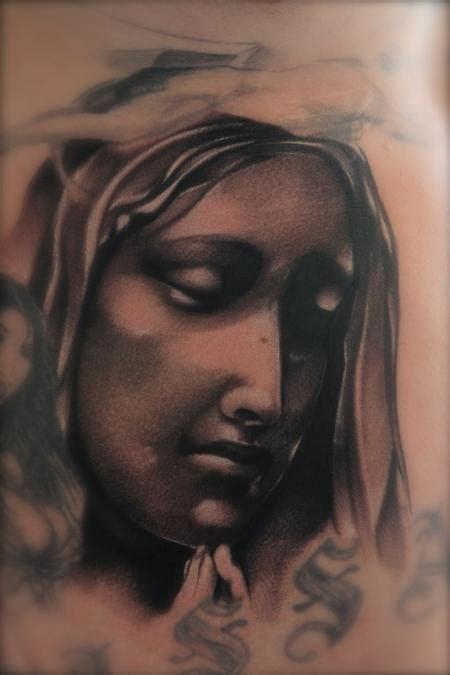 virgin mary tattoo black and grey black and gray virgin mary tattoo mike demasi art junkies