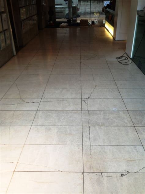 Floor Tile Repair Repairing Cracked Limestone Floor Tiles Cleaning And Polishing Tips For Limestone Floors