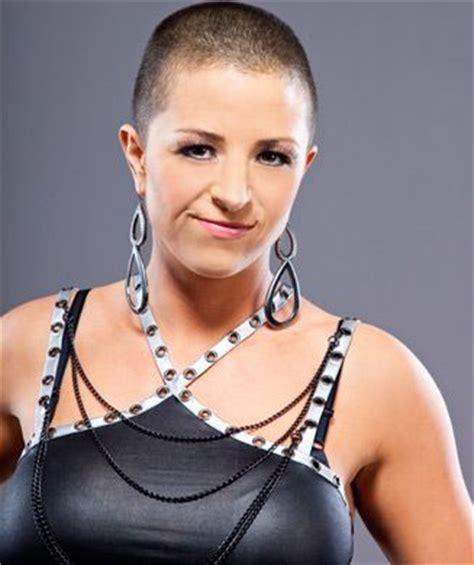 wwe female headshaves serena deeb shaved head when i shave pinterest