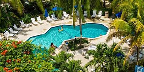 comfort inn cayman islands comfort suites and resort grand cayman reviews cayman