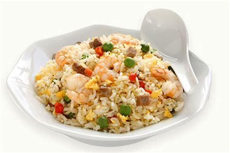 membuat nasi goreng pelangi resep masakan nasi goreng pelangi enak dan bernutrisi