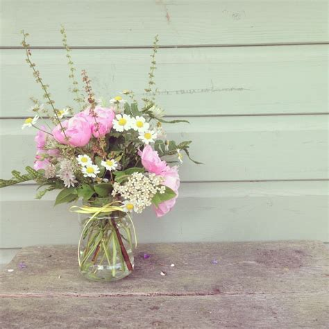 Country Garden Flowers Country Garden Wedding Flowers Flower Arranging