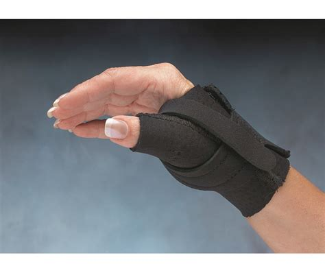 comfort cool thumb spica splint comfort cool 174 thumb cmc restriction splint