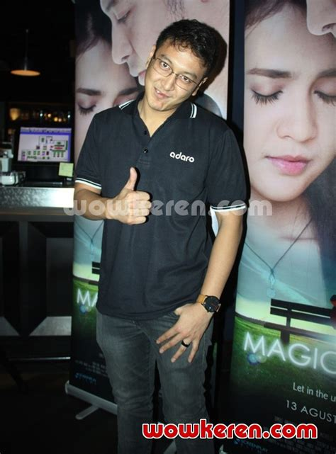 launching film magic hour foto dimas anggara ditemui saat launching video klip
