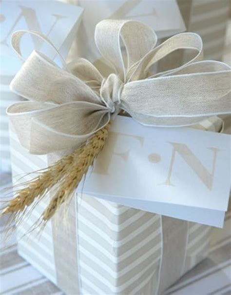 Wedding Gift Wrapping Ideas by Diy Gift Wrapping 2081645 Weddbook