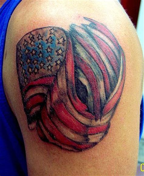 small american flag tattoo small american flag on shoulder tattoomagz
