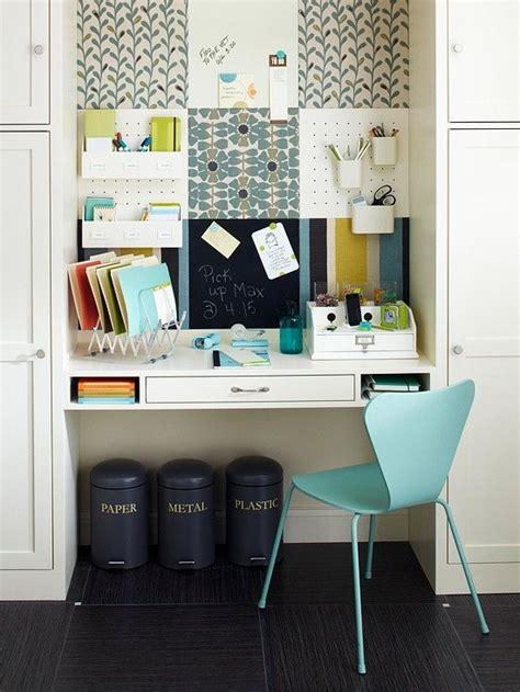 bureau dans un placard bureau ou petit atelier dans un placard java decorateurs