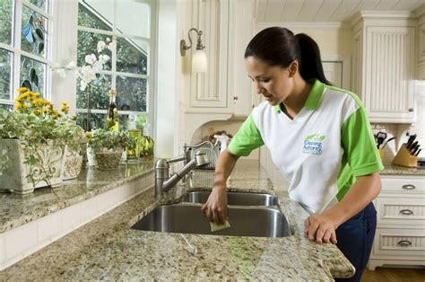 House Cleaning Denver by Professional House Cleaning Check List Ehow
