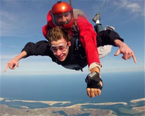 skydive cape cod 11 000ft jump adrenaline - Skydiving In Cape Cod