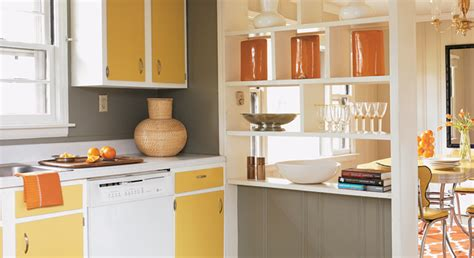 how paint kitchen cabinets how to paint kitchen cabinets 3