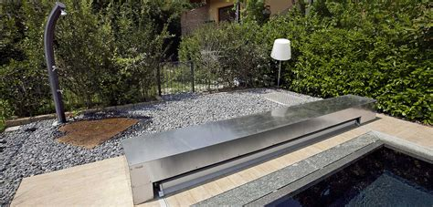 doccia solare per piscina docce solari ecologiche per giardino piscine castiglione