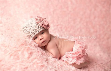 beby on pinterest flower girls baby girl photos and newborn baby girl hat beanie baby girl coming home hat pink