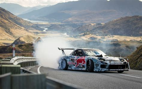 mazda rx7 drift watch this 750 hp mazda rx 7 drift up a new zealand mountain
