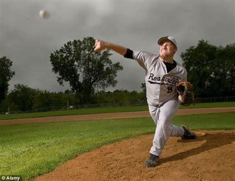 throwing a treating shoulder injuries of quot throwing quot athletes is
