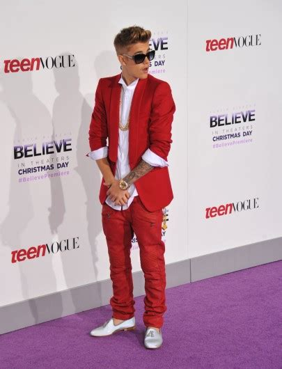 justin bieber movie december 25 commentary twas the night before christmas as bieber