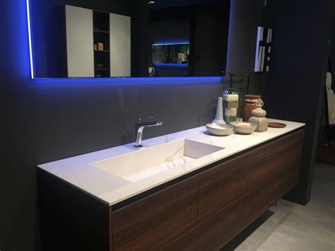 Bathroom Sink Designs by Stylish Ways To Decorate With Modern Bathroom Vanities