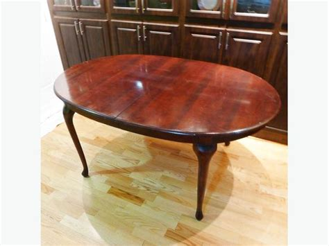 queen anne dining room table queen anne style mahogany dining room table saanich victoria