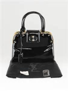 Yves Laurents Uptown Tote Is A Suitable Sequel To The Downtown by Yves Laurent Black Patent Leather Small Uptown Bag
