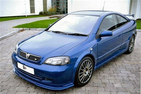 opel astra 2005 coupe vauxhall astra coupe 2000 2005 used car review car