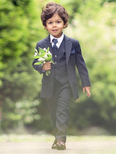 Best 20  Boys Suits ideas on Pinterest   Boys wedding