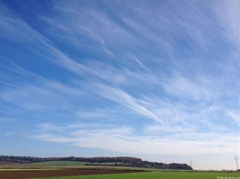 imagenes extrañas en las nubes tipos de nubes y predicci 243 n del tiempo
