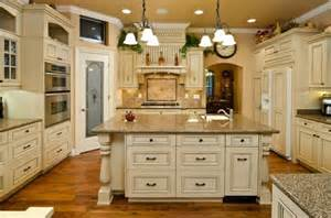 kitchen cabinets hardware wholesale how to pick the right kitchen cabinet hardware