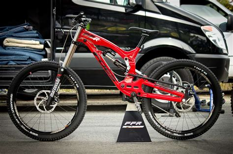 best bicycles 2015 2015 foes ffr prototype 27 5 downhill mountain bike made