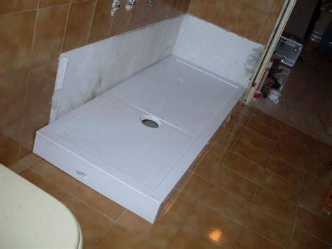 montaggio piatto doccia in ceramica installare un piatto doccia impianti idraulici