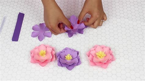 How To Make Miniature Paper Flowers - mini paper flowers for weddings and events
