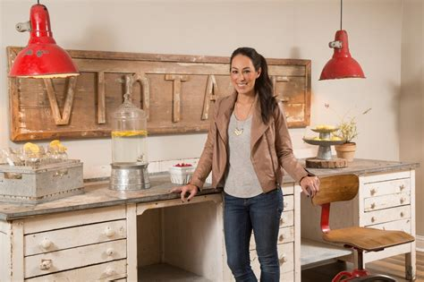 Decorating Ideas Joanna Gaines 9 Design Tricks We Learned From Joanna Gaines Hgtv S