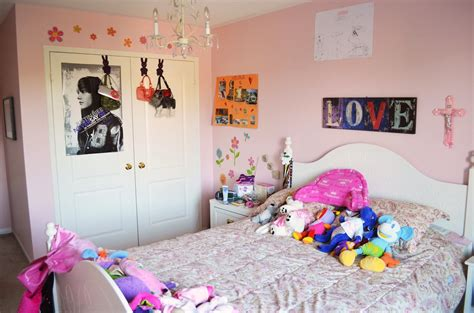 Little Girls Bedroom Paint Ideas woman in real life the art of the everyday ben amp me our