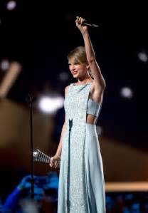 country music 2015 list taylor swift 2015 academy of country music awards 13