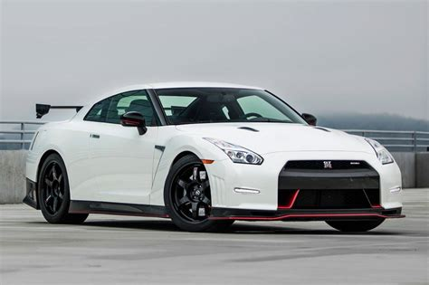 nissan nismo 2016 nissan gt r nismo market value what s my car worth