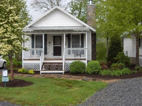 small cottages for sale 400 sq ft tiny cottage for sale in newland nc