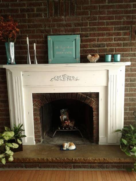 chalk paint fireplace a beautiful fireplace mantel using sloan s chalk