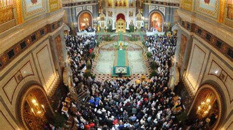 merry christmas rts special coverage  midnight mass  christ  savior cathedral rt