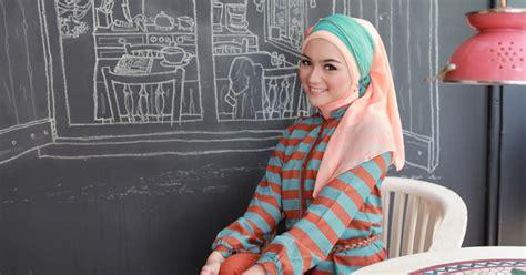 tutorial hijab segi empat citra kirana tutorial hijab elzatta trendy ala artis cantik citra