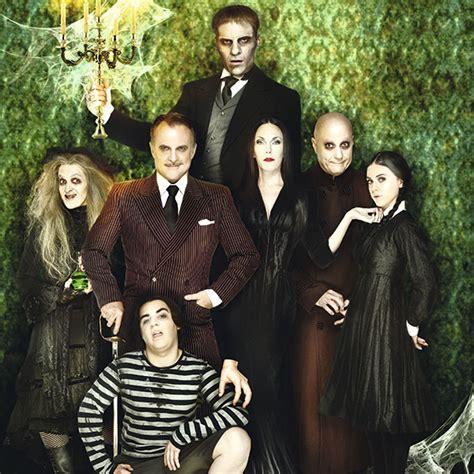 imagenes de la familia addams la familia addams en madrid teatro calder 243 n gu 237 a del ocio
